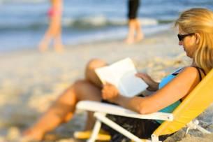 eye disease blurry summer beach eyewear woman