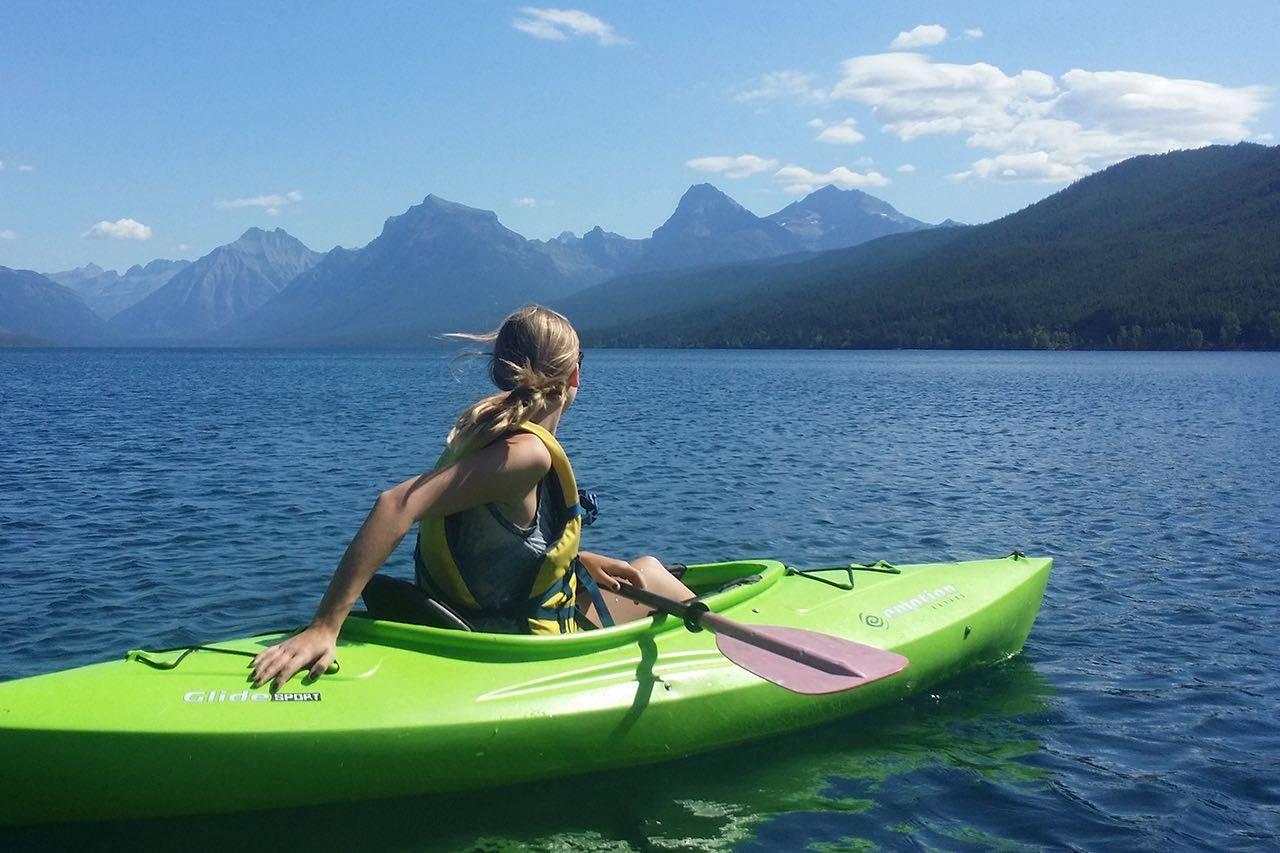 Sport_kayaking_mountains_med