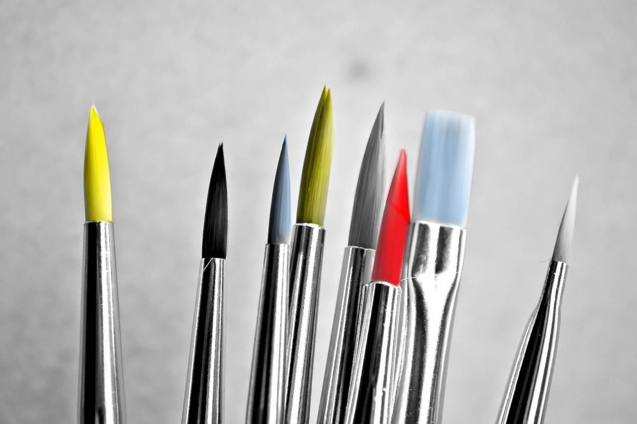 paint brushes colour