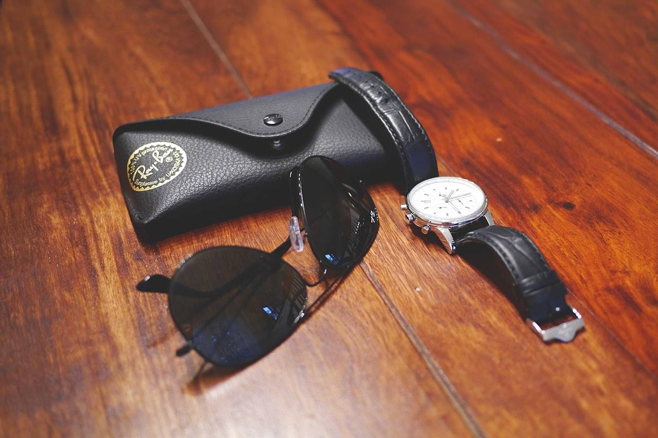 sunglasses raybans still life