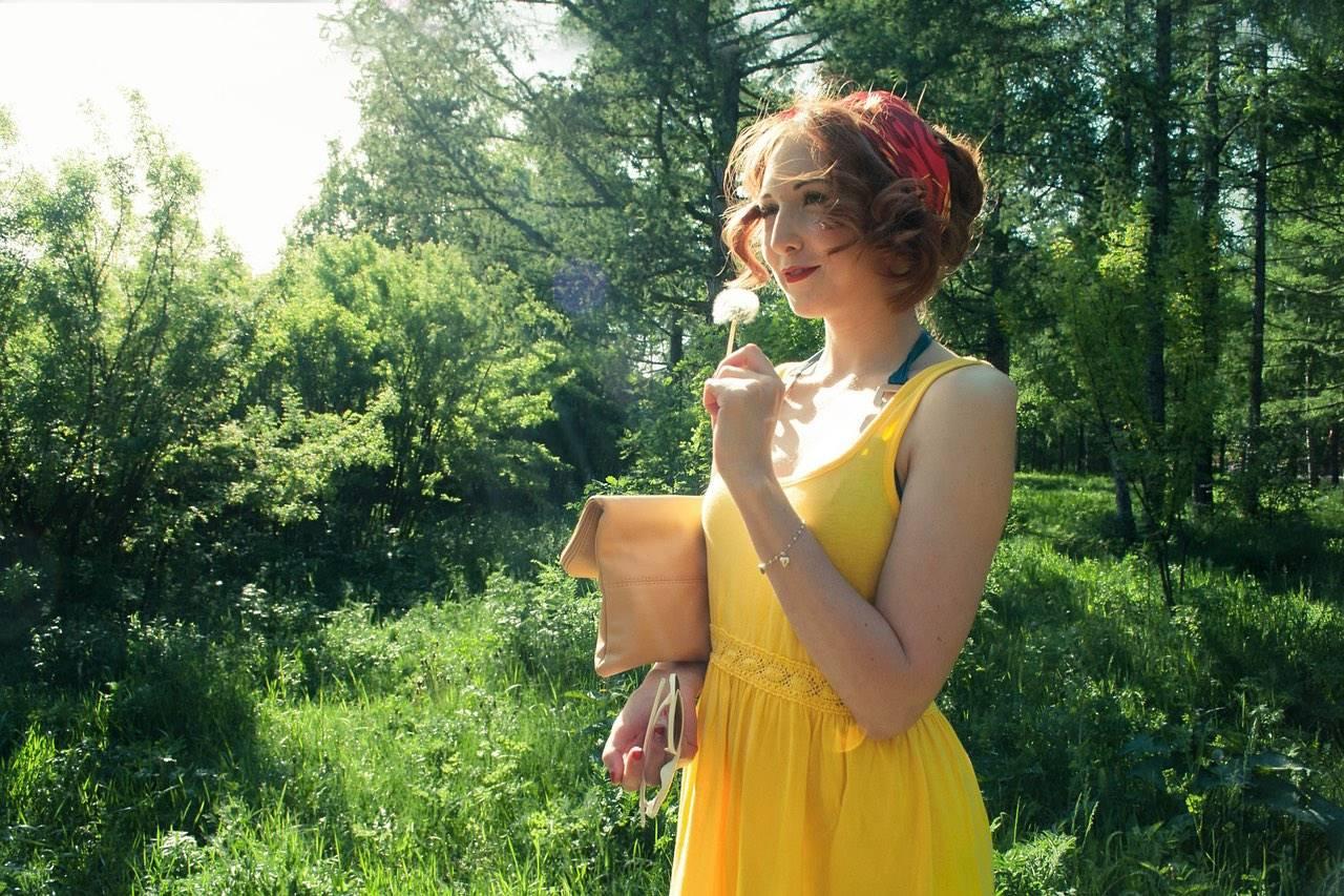 girl with dandelion yellow dress
