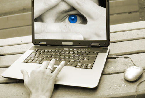 laptop 20with 20eye