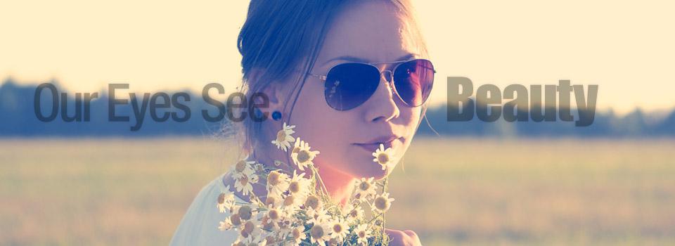 lady_sunglass_flowers